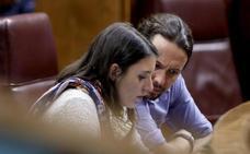 Pablo Iglesias e Irene Montero revelan el orden de apellidos de sus mellizos y sus nombres