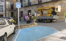 Una multa simbólica para las personas que ocupen plazas de aparcamiento para minusválidos