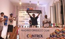 Este granadino es el más rápido de España en poner preservativos: 11 en 1 minuto