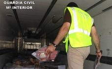 Intervienen 10.700 jamones y embutidos en mal estado en Granada