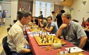 Casi un millar de jugadores disputarán seis Campeonatos de España de ajedrez en Linares