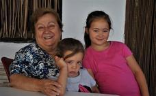Una vecina de Capileira, Medalla al Mérito en el Trabajo tras ejercer de cocinera durante más de medio siglo