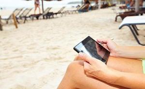 La lista completa de las playas de España con wifi