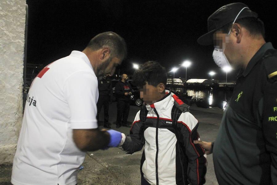La Junta destina 3,7 millones a la contratación de 400 plazas más para menores inmigrantes