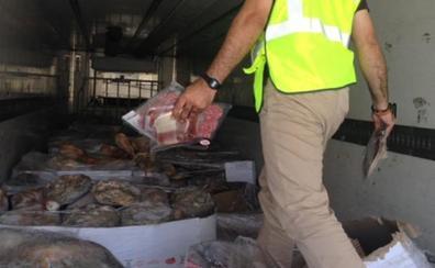 La requisa de 10.700 jamones es la mayor operación en seis años en Granada por presunto fraude alimentario