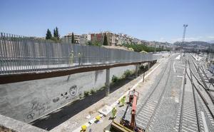 La pasarela peatonal entre Pajaritos y Ronda se abrirá la semana que viene