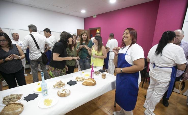 Diecisiete internos participan en un ciclo de formación de ayudante de cocina