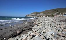 La Chucha, la playa de los surfistas