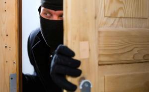 Así de fácil pueden robar en tu casa: la Policía Nacional advierte del 'resbalón'