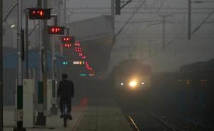Un «héroe» salva a 26 niñas de ser esclavas sexuales con un tuit mientras iba en tren