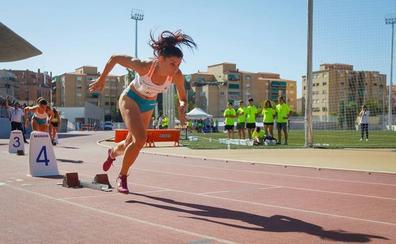 Laura Bueno bate el récord de España en 600 metros