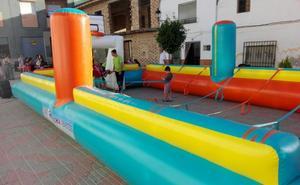 Vegas del Genil organiza actividades de 'ocio al fresquito' en las plazas del pueblo