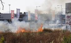 Fuego junto al Kinépolis