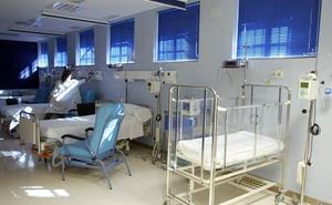 Una enfermera solo para 42 mujeres recién paridas y bebés en el Hospital de Jaén
