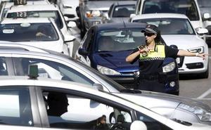 Dos tercios del parque de coches de Granada, en el punto de mira del Gobierno