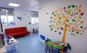 Dos salas de juegos en el hospital para los niños enfermos de cáncer