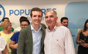 El diputado nacional por Granada Santiago Pérez traslada su apoyo a la candidatura de Pablo Casado para liderar el PP