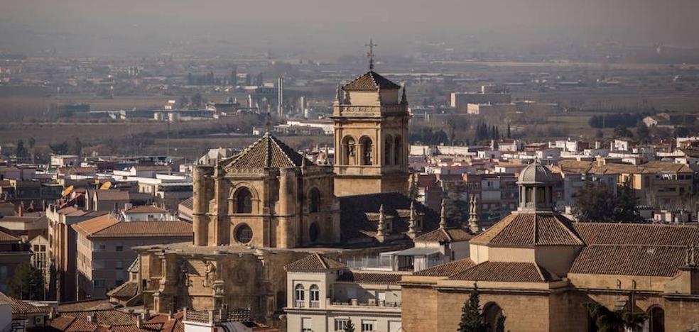 Las nuevas líneas de autobús que entrarán en servicio el lunes en Granada contaminarán un 4% menos