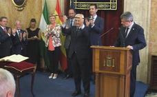 De la Fuente asume el reto de «recuperar» para Almería «políticas castigadas por la crisis»