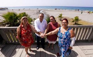 Poniente y Playa Granada unen fuerzas por primera vez para luchar por los espigones
