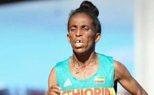 Polémica por la edad de esta atleta etíope que dice tener 16 años