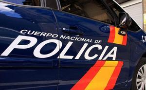 Absuelven a cinco policías nacionales acusados de burlarse de la obesidad de una compañera