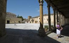 La villa medieval segoviana que ha sido testigo de más de 200 rodajes en los últimos años