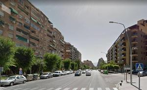 Heridos ocho jóvenes, entre ellos dos menores, en una colisión en la avenida de Andalucía de Jaén