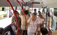 Granada recupera la línea de bus más bonita del mundo que une la Alhambra con el Albaicín