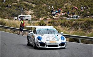 Lanjarón vibra con los rugidos del Porsche de Janssens en la VI edición de la Subida al 'Cerro de los Cañones'