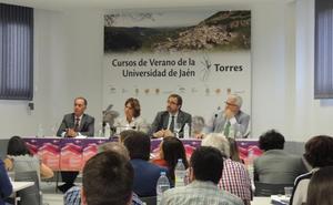La ministra de Justicia defiende en Torres la Jurisdicción Universal
