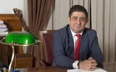 Reyes y Madueño abordan los principales proyectos del Gobierno central en la provincia