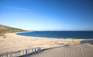 Las aguas de las playas de Andalucía se encuentran dentro de los límites de calidad
