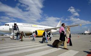 Nuevos retrasos en los viajes de Vueling en Granada