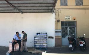 La asociación de Cartuja, sin sede hasta que dimita su presidente, detenido por tener marihuana en el local
