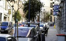 Una juez de Barcelona anula una multa de tráfico porque la señal estaba solo en catalán