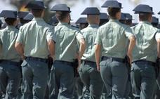 Defensa readmite en las pruebas de acceso a la carrera militar a dos mujeres excluidas por tener tatuajes