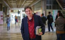 El granadino Luis García Montero, nuevo director del Instituto Cervantes