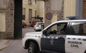 Detenido en Huércal Overta por entrar en casas no habitadas y anunciarlas en Internet para alquiler o venta