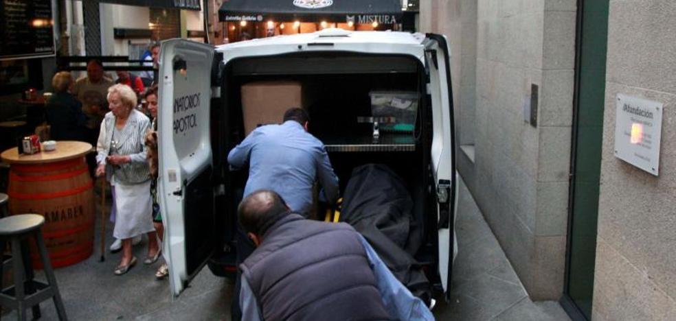 Degüella a su mujer en La Coruña y llama a la policía para informar del crimen
