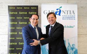 Bankia y Garántia SGR financiarán con 100 millones de euros a pymes y autónomos andaluces