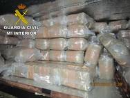 Detenido en Motril un camionero que transportaba 482 kilos de hachís