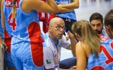 Quique Gutiérrez renueva y cumplirá su cuarta temporada como entrenador del Raca