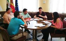 UPA Jaén aborda la presa de Siles con la subdelegada del Gobierno
