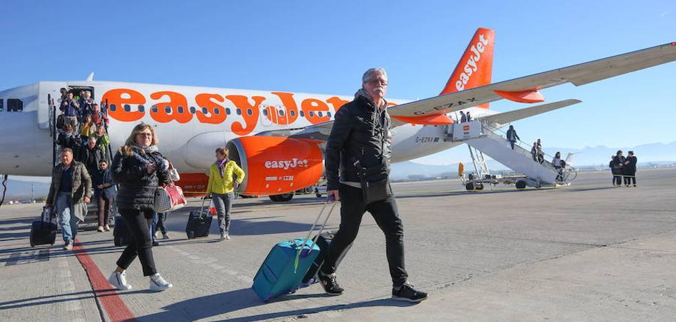 Diez horas de retraso en el vuelo de EasyJet Granada-Milán