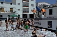 La 'Fiesta de los Antonios' triunfa en la Alpujarra