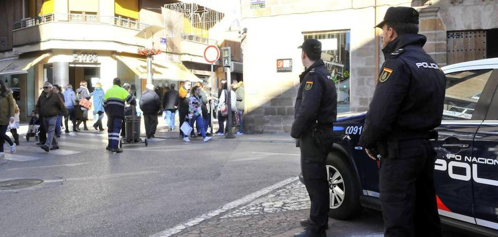 Detenidos ya los cinco implicados en la agresión a tres policías en Linares