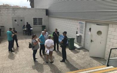 Policías exigen un protocolo de seguridad y que se desinfecte el pabellón de Motril para evitar nuevos contagios por sarna