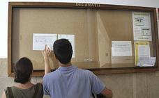 La UGR ha adjudicado ya casi la mitad de las 10.975 plazas ofertadas