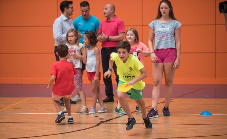 Granada disfruta de los Campus Deportivos urbanos y bilingües